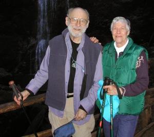Leon and Dorothy Hopper hiking in 2006 (Photo courtesy Sheridan Botts)